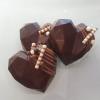 geometrische Schokoladenherzen Zartbitter mit Nougat Brownie Füllung Konditorei Kartenberg